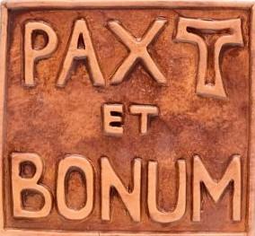 pax-et-bonum-small-ceramic-basrelief_c3e23985c495490b416ac2518af86b72.image.330x330
